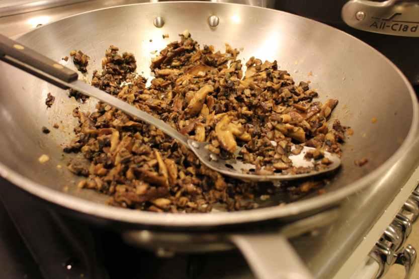 2012 1229 IMG_0257 sauteed mushrooms