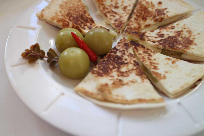 2012 1230 IMG_0335 tomatillo quesadillas