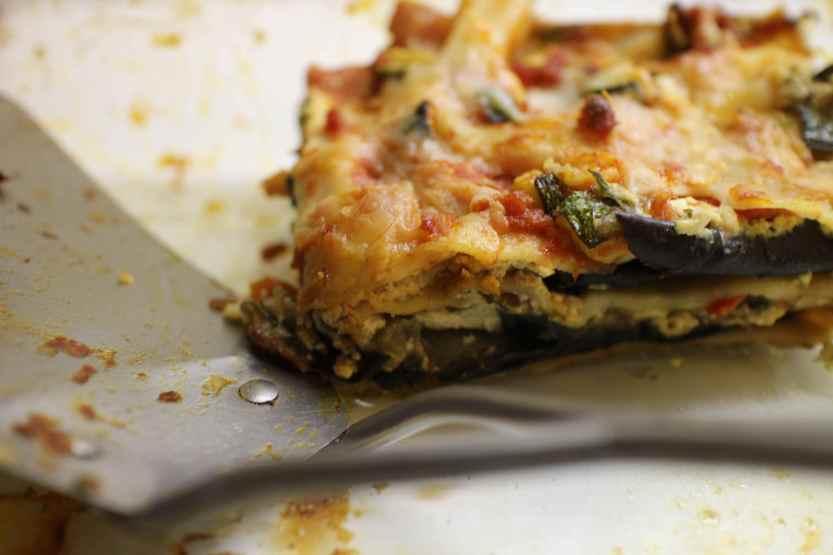 2013 0220 IMG_0686 Eggplant lasagna spatula