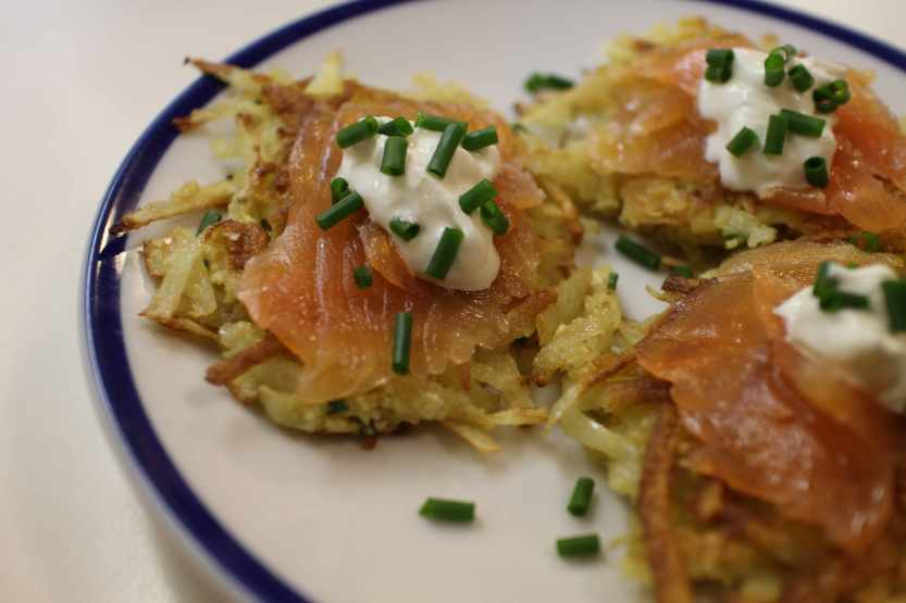 2013 0424 IMG_1277.jpg lox on latkes