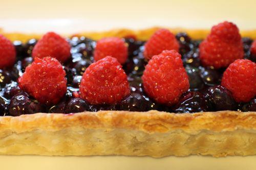 2014 0814 Blueberry and raspberry tart