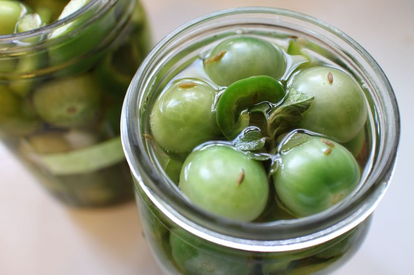 2014 1109 Pickled green cherry tomatoes