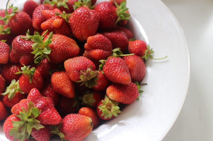 2015 0610 Bowl of strawberries