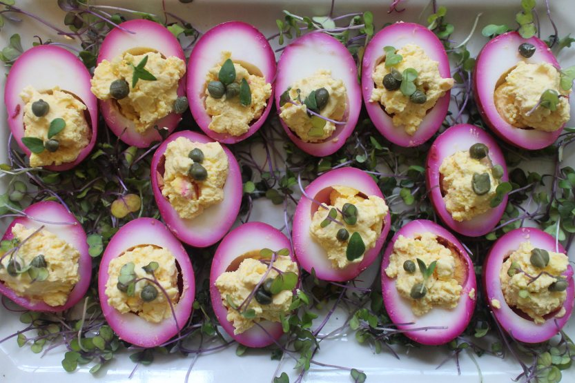2017 0416 Beet-Pickled Deviled Eggs