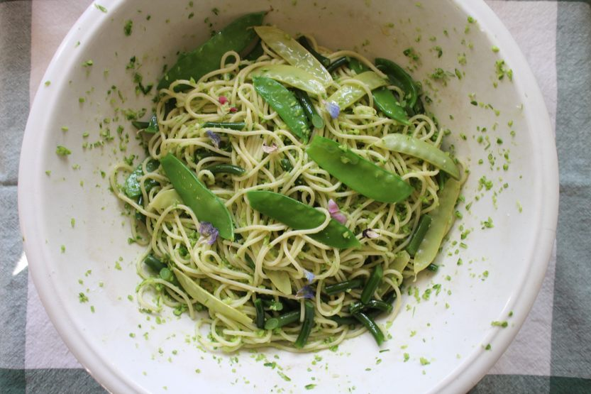 Spaghetti with Garlic Scape Pesto & Peas 2