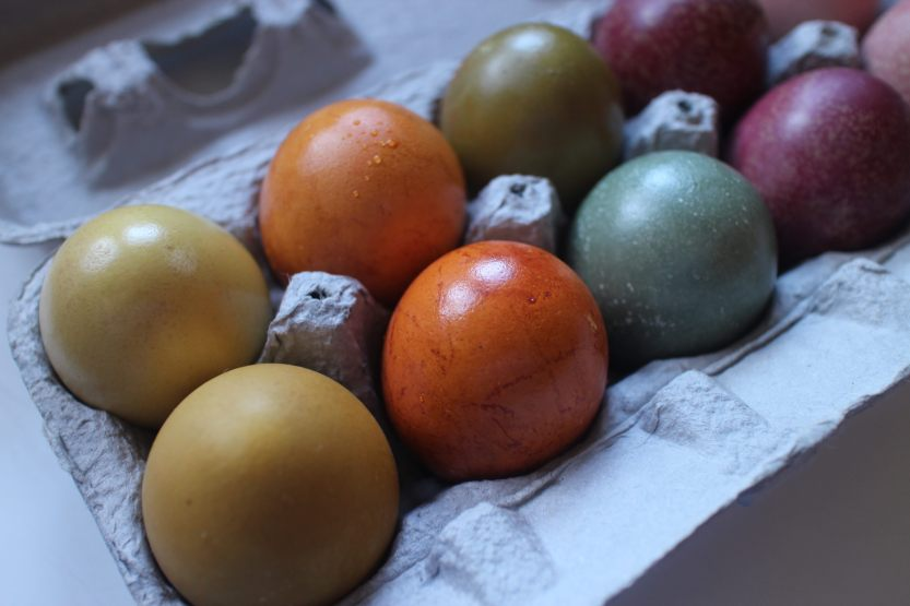20200412 Naturally dyed Easter eggs IMG_8067